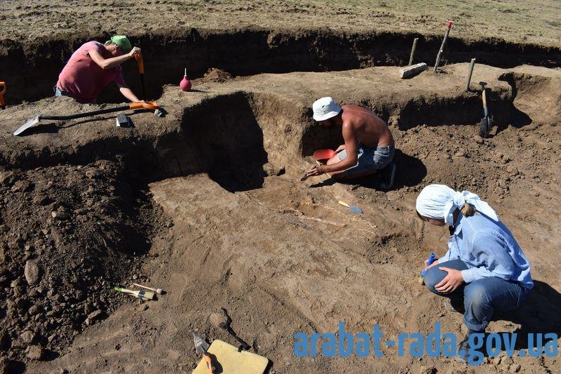 Археологи: на Арабатській Стрілці більше 5 тисяч років тому проживали люди